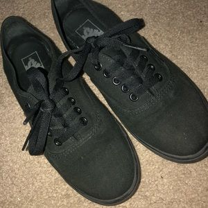 Vans Low Top Black Sneakers